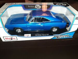 Maisto Diecast Special Edition 1:18. 1969 Dodge Charger R/T New In Box. Amazing!