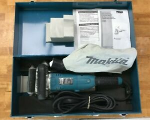 "Makita PC5001C 5"" Concrete Planer"