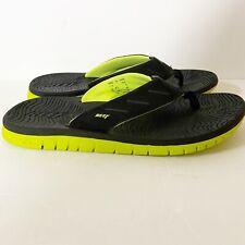 Reef Men's Black Neon Green Beach Water Sandals Flip Flops Size 9 L-12 PLC Euc