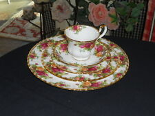 Royal Albert Old Country Roses England 1962 Older Stamp 5 Piece Place Setting