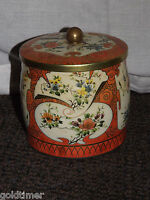 VINTAGE DAHER LONG ISLAND NY ENGLAND BISCUIT OR  CANDY TIN