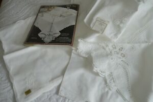 "Elegant Battenburg Lace Tablecloth, 66"" X 84"" Oval,  100% Cotton, & 8 Napkins"