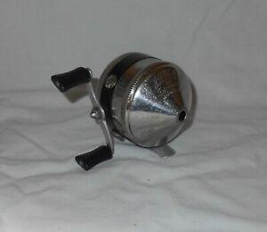 Vintage Zebco Spinner Model 33 , 2 Rivet Metal Foot made in USA