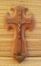 Ancien bénitier en bois avec crucifix Christ en métal, french antique religious