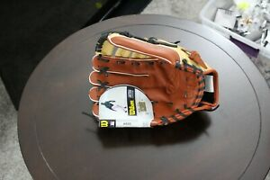 """Wilson A500 12.5"""" All Positions Youth Baseball Glove (NEW) Left Handed Thrower"""