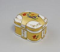 9987174 Porzellan Othengrafen Goldene Deckel Dose Blumen 8x6x4cm