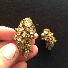 MIRIAM HASKELL GORGEOUS VINTAGE PEARL & GLASS CLIP ON EARRINGS CLIP ON EARRINGS