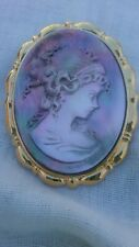 Lee Sands Mother of Pearl cameo style Pin / pendant  NIB stunning