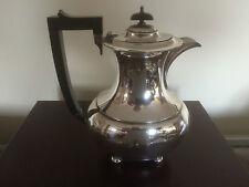 Hermosa Cafetera Plateado Plata en 4 pies Bun (sptp 9109)