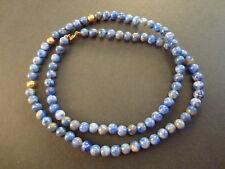 Collana con perle di lapislazzuli