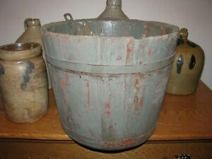 ANTIQUE WOODEN STAVED SAP BUCKET W/ORIGINAL HOOK, 2 BANDS, TIGHT, OLD PAINT