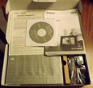 """Sony S Frame DPF D710 Digital Photo Frame Black 7"""" LED Backlight New in Box"""