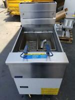 Pitco VF-65S Nat Gas Stainless Steel Fryer 65 lb Excellent Shape Demo used
