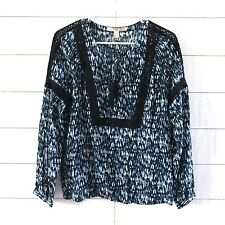 Forever 21 Blouse Womens Size Small Blue Black White Print Long Sleeve Tied Top