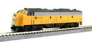 KATO N 10610 C&NW EMD E8A & Pullman Bi-Level 400 Train 6-Unit Set
