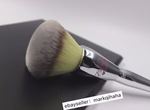 IT Cosmetics Love Beauty Fully All Over Powder Brush #211