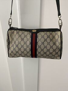 Vintage Gucci Classic Blue Red Monogram Crossbody Purse Serial # 41.02.017 Italy