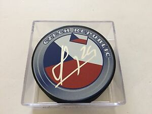 Martin Havlat Signed Hockey Puck Team Czech Republic Autographed b