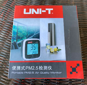 UNI-T A25M PM2.5 Testers Air Quility Measurement 0~500ug Cubic meters Auto