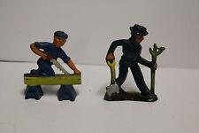 Original 1940's lot 2 - Manoil Carpenter & Farmer Lead Figures 60mm NM Barclay