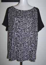 NWT $40 KATIES 2XL/18 2 TONE BLACK + PRINT STRETCH KNIT SHORT SLEEVE TOP