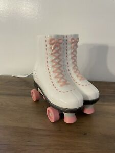 Scentsy Warmer Roller Derby Skate Pink & White Works Good!