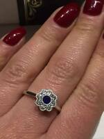 18CT WHITE GOLD RING 0.65CT DIAMONDS AND BLUE SAPPHIRE FLOWER LADY RING GOY317