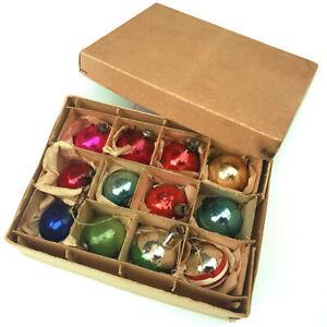 A FINE VINTAGE BOX OF 12 MERCURY GLASS CHRISTMAS TREE BAUBLES