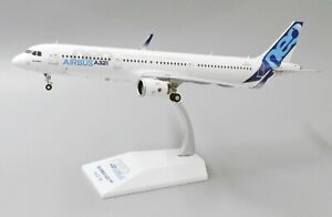 JC Wings 1:200 Airbus Industries A321-200 NEO 'House Colours' D-AVXA (LH2215)