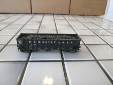 PENNSYLVANIA RAILROAD HOPPER CAR WITH COAL LOAD //// HO SCALE