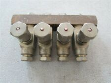 """New 1/8"""" Female NPT Centro-Matic 4 Line Oil Injector Manifold  D-23"""