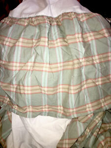 CHAPS Green Coral Checkered Plaid Cotton Queen Bed Skirt Dust Ruffle