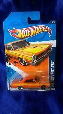 Hot Wheels 1965 Pontiac GTO Orange Street Beasts '11 Die-Cast 1:64 Scale