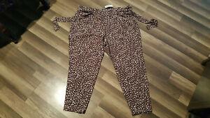 Torrid women's purple leopard tie front cigarette pants, size 2X (42X27)  NWT.