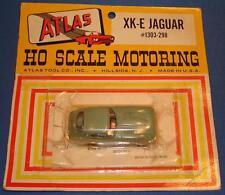 ATLAS HO SCALE MOTORING 1/87 SCALE MOC JAGUAR XKE 1303 PEA GREEN SLOT CAR