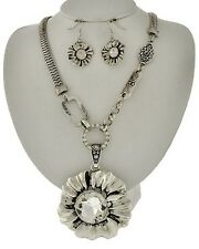 Silver Tone Big Flower Pendant Clear Crystal Chunky Necklace Earring Set