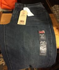 NWT Levi's Ladies Size 29 x 32 Curvy Bootcut Bluejeans