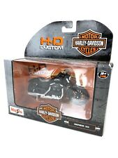 HARLEY-DAVIDSON Diecast 1:18 Scale 2014 Sportster Iron 883 Motorcycle