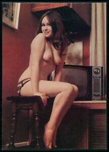 Pinup pin up GINA nude woman original old 1950s Daily Girl Press postcard