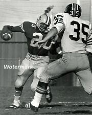 CFL 1960's Edmonton Eskimos RB Jim Thomas vs BC Lions Game Action 8 X 10 Photo