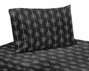 Black Sweet Jojo Woodland Arrow for Rustic Patch Collection 4pc Queen Sheet Set