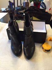 Booties Tommy Hilfiger -Side Zip Pointed Toe 31/2 Inch Heel