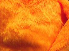 Orange mandarine plaine tissu fourrure synthétique cheveux courts 150cm large vendus au mètre