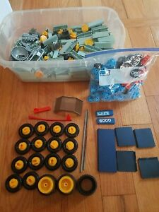 Lot of Vintage Fisher-Price Construx Building Pieces