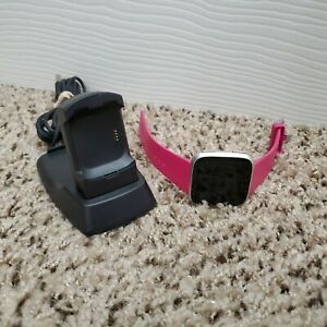 Fitbit Versa Fitness & Activity Smartwatch (FB504) Silver Aluminum w/ Pink Band