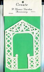 Die Cut White Gazebo Wedding Scrapbook-Quilling Page Embellishment