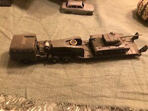 Dinky toys lot miniatures 1:43 militaire Berliet Porte Char AMX et char Panhard