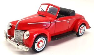 National Motor Museum Mint 1/32 Scale FRSMAL - 1940 Ford V8 - Red