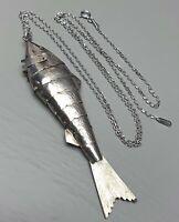 Großer Gliederfisch-Wackelfisch Art Deco 800 Silber Handarbeit & Silberkette/A98