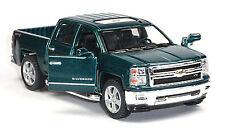 2014 Chevrolet Silverado Sammlermodell dunkelgrün 1:46 von Kinsmart Neuware!